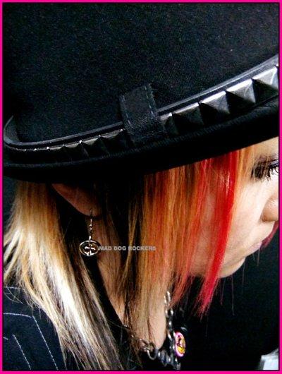 画像1: パンク・ロック系ピアス:リングクロス